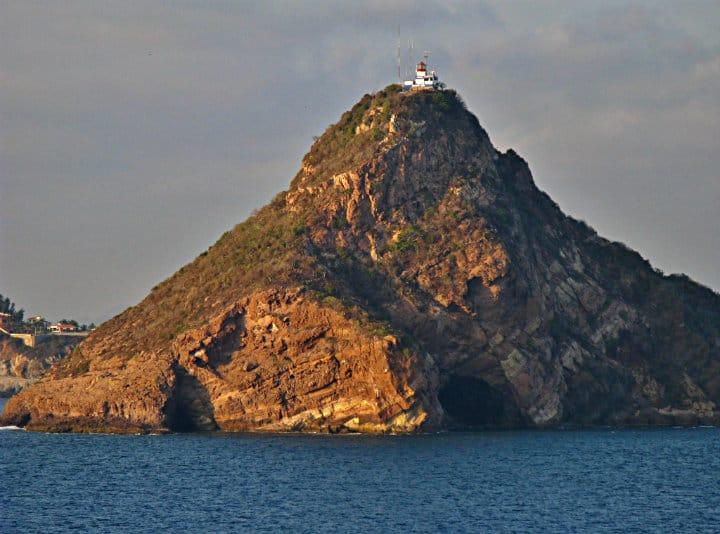 El Faro de Mazatlán anuncia nuevo horario