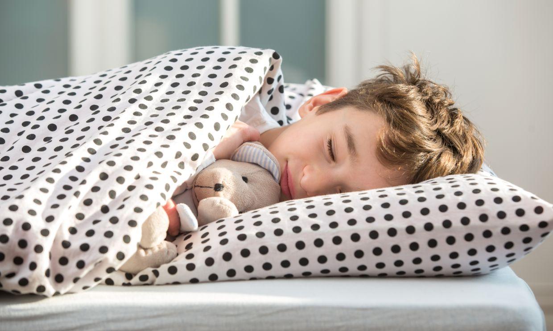 ¿Sabes cuántas horas deben dormir los niños?