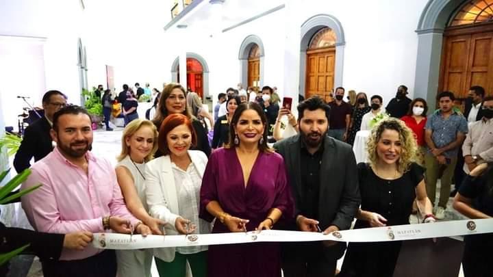 """Inauguran la exposición """"Uniendo Fronteras, Inclusión a través del Arte"""""""